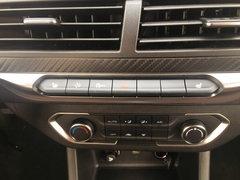 2018款2.0T四驱领航型长货厢