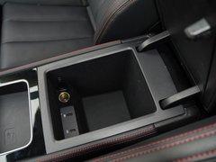 2019款 EV600D 四驱智联创世版 5座