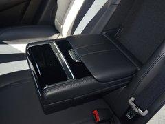 2019款 400TGI 自动智能座舱豪华版