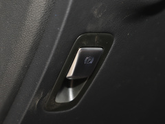 2020款 改款 GLC 300 L 4MATIC 动感型