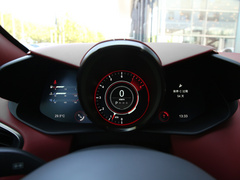 2020款 4.0T V8 Volante
