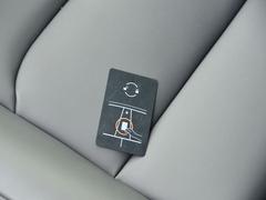 2021款  Performance高性能全轮驱动版