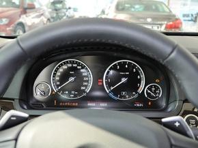 宝马(进口)  740Li 3.0T 方向盘后方仪表盘