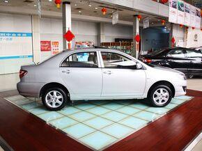 一汽丰田  1.6L 自动 车辆正右侧