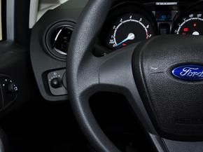 长安福特  三厢 1.5L 手动 方向盘左侧