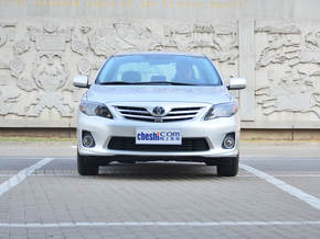 一汽丰田  1.8GL-i CVT 车头正面视角