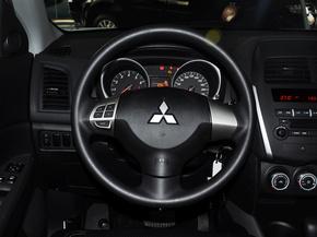 广汽三菱  2.0L 自动 方向盘整体