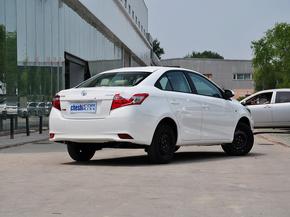 一汽丰田  1.5L 自动 车辆右侧尾部视角