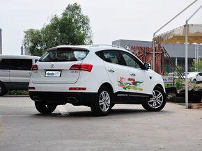 江淮汽车  2.0T 手动 车辆右侧尾部视角