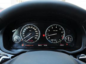 宝马(进口)  xDrive35i 方向盘后方仪表盘