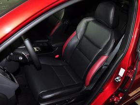 东风本田  2.4L 驾驶席座椅前45度视图