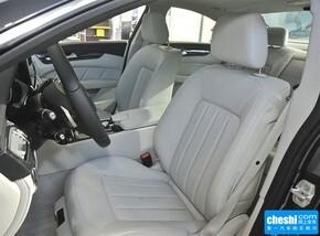 奔驰(进口)  CLS 320 驾驶席座椅正视图