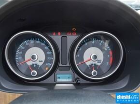 别克  1.5L 自动 方向盘后方仪表盘