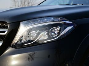 奔驰(进口)  奔驰GLS GLS 车辆左前大灯45度视角