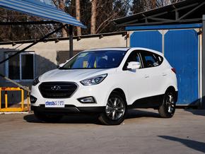 北京现代  改款 GL 2.0L 自动 车辆左前45度视角