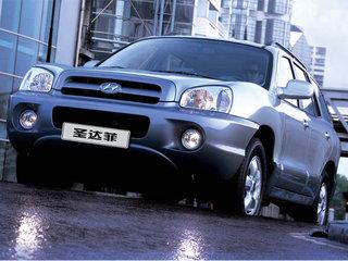 2009款新圣达菲 2.0 柴油四驱 AT标准天窗版