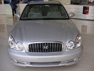 2004款索纳塔2.7 V6自动豪华型