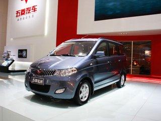 2010款1.4L 手动舒适型 8座