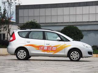 2011款1.8 手动尊逸型 5座