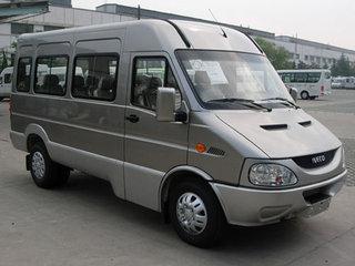 2004款NJ6596SFF5 2.8 手动10/17座标准型
