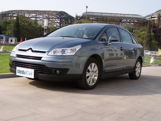 2008款2.0L 手动精英型