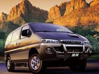 2011款2.0 手动汽油标准版 7座