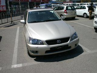 2004款 IS200