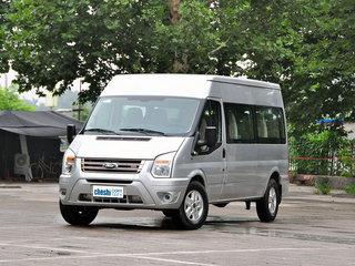 2013款2.4T 手动柴油普通型后双胎加长轴中顶Duratorq