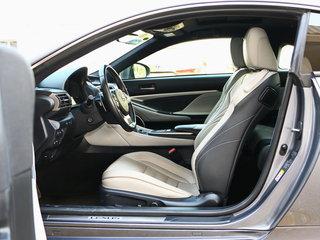驾驶席座椅正视图