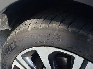 荣威RX5 MAX图片