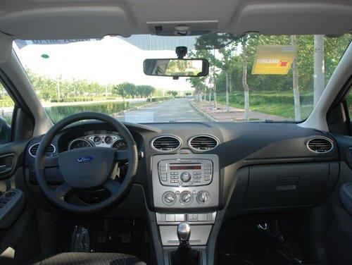 长安福特 福克斯-两厢 2011款 1.8 MT 舒适型 局部
