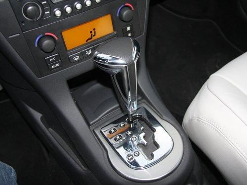 雪铁龙(进口) 新C4 Coupe 1.6T VTS中控