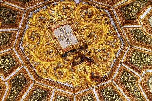 古代皇宫房顶手绘图