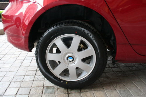 比亚迪 F3R 轮胎轮毂