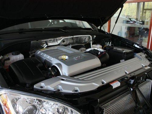 荣威  W5 1.8T AT 发动机主体特写