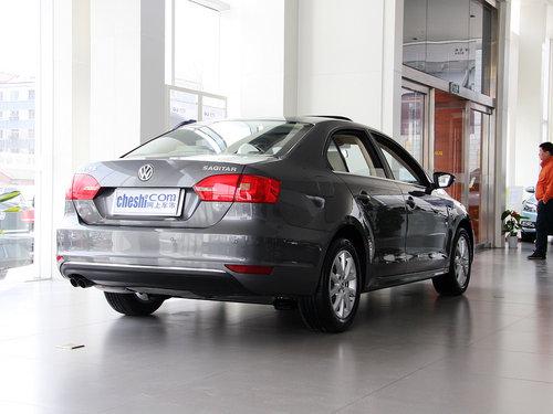 一汽-大众  1.4TSI 手动 车辆右侧尾部视角