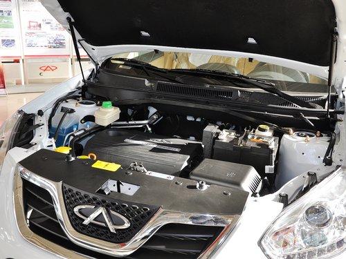 奇瑞  瑞虎精英版 1.6L MT 发动机主体特写