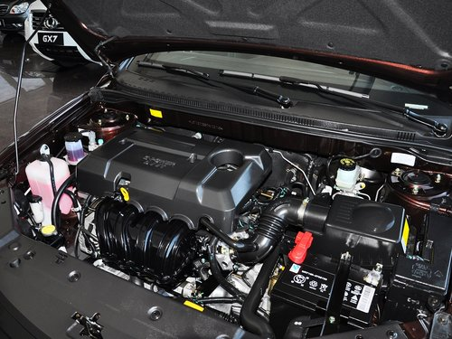 吉利帝豪  1.5L 手动 发动机主体特写