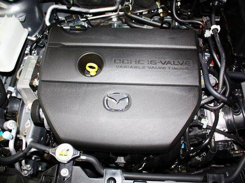 马自达(进口)  2.0L 自动 发动机主体特写