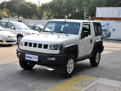 北京汽车  2.4L 手动 车辆左前45度视角