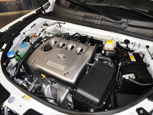 广汽传祺  2.0L 手动 发动机主体特写