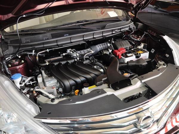 东风日产  1.6L 手动 发动机主体特写