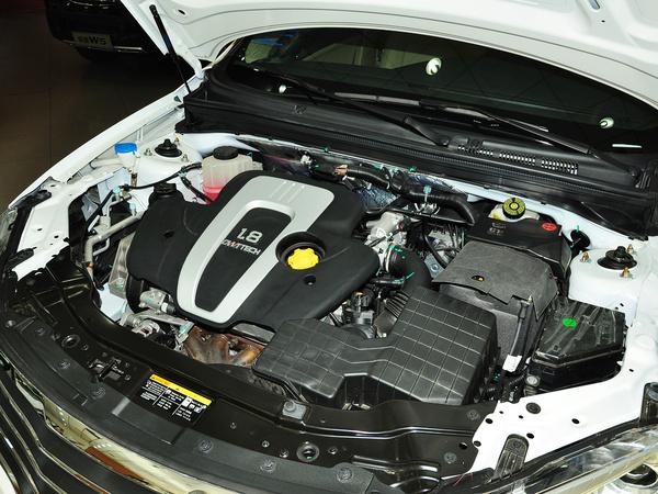 上汽荣威  550S 1.8DVVT DCT 发动机主体特写