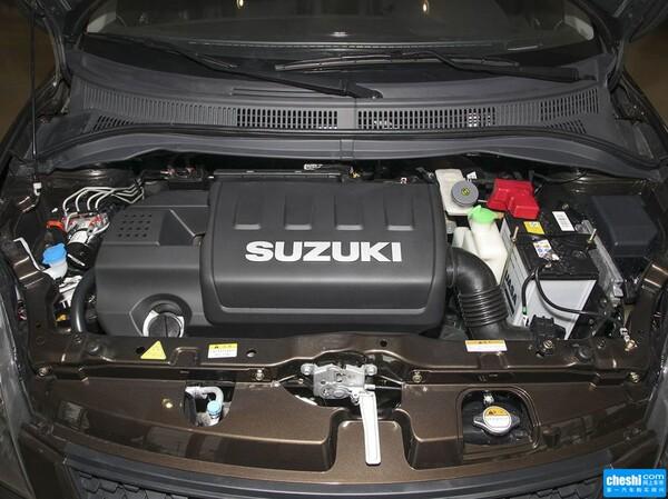 长安铃木  1.5L 手动 发动机局部特写
