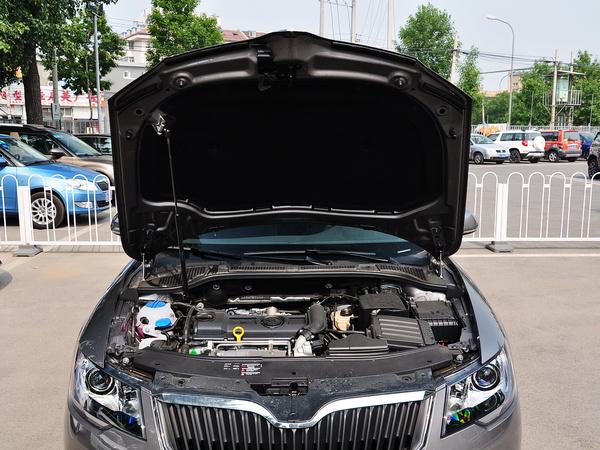 斯柯达  1.4T DSG 发动机局部特写