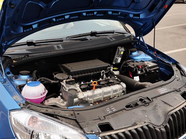 斯柯达  1.4L 自动 发动机主体特写