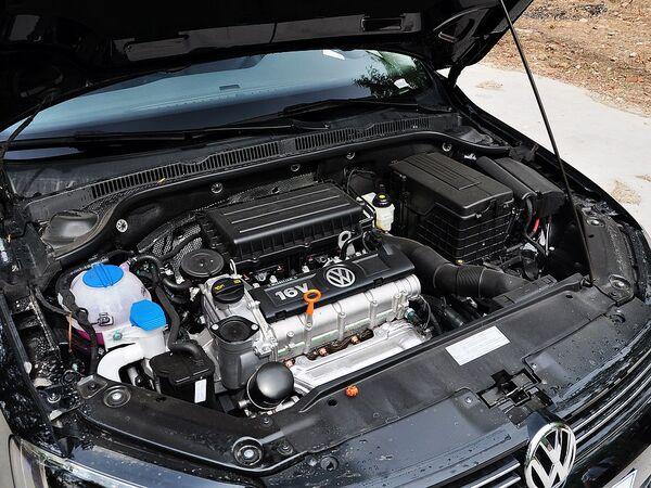 一汽-大众  改款 1.6L 自动 发动机主体特写