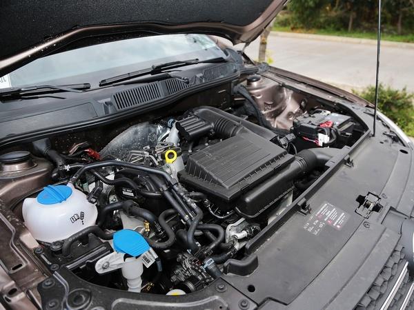 上汽大众  1.4TSI DSG 发动机标识