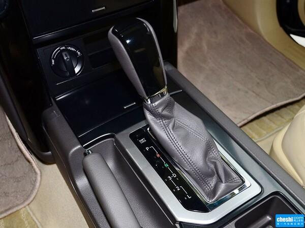 丰田(进口)  2.7L 自动 换挡杆