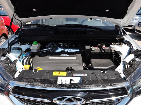 奇瑞汽车  1.6L CVT 发动机局部特写
